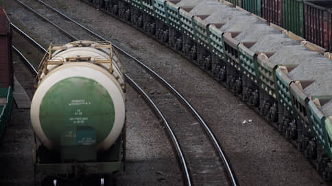 Тарифы ОАО РЖД уехали наверх  / Президент поручил оценить их индексацию по промышленной инфляции