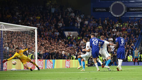 Зенит не дотерпел до очка // Он начал выступление на групповом этапе Лиги чемпионов с минимального поражения от Челси