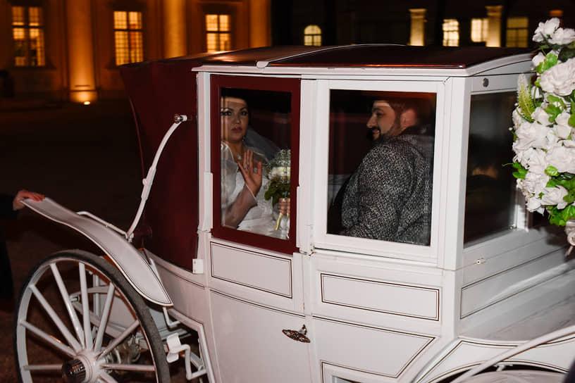 В 2015 году Анна Нетребко вышла замуж за оперного певца Юсифа Эйвазова