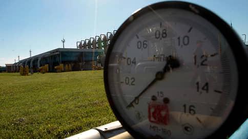 «Газпром» урежет транзит через Польшу  / Компания забронировала на октябрь только треть мощностей