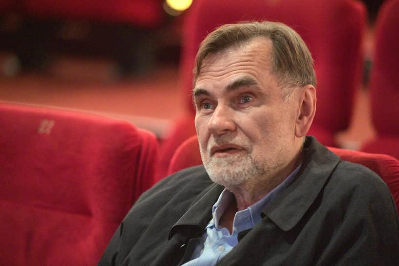 Кинорежиссер, сценарист и продюсер Сергей Сельянов на премьере фильма «Дело» в кинотеатре «КАРО 11 Октябрь»