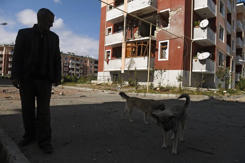 Последствия обстрела азербайджанского города Тертер
