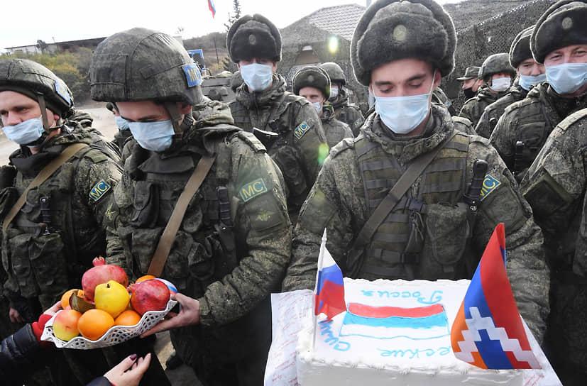 Празднование Дня российского военного миротворца в Нагорном Карабахе