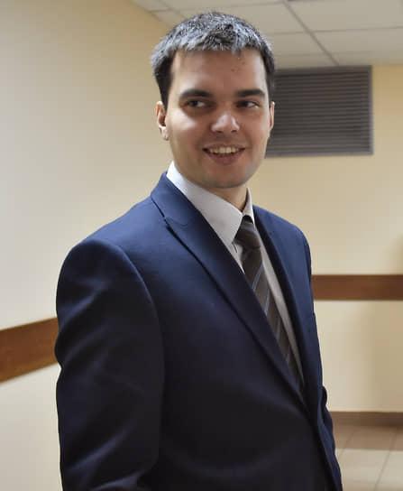 <b>Вячеслав Гимади, бывший адвокат фонда</b> <br>28 сентября СКР возбудил против него дело об участии в экстремистском сообществе. Ранее о претензиях правоохранителей к нему в СМИ не сообщалось