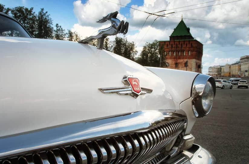 Сегодня стоимость новой фигурки оленя (снятой с реальной машины) на сайтах объявлений варьируется от 5 до 8 тыс. руб.