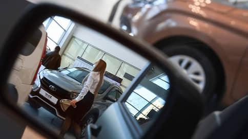 Автопродажи в сентябре упали на 23% // Рынок показал худшую динамику за год на фоне дефицита автомобилей