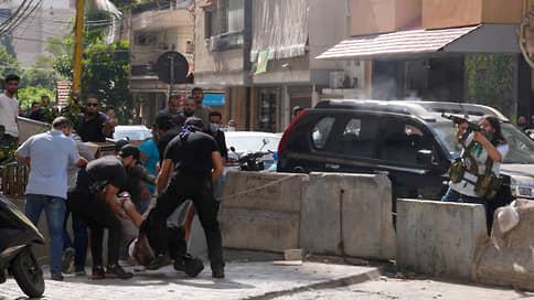 Пять часов гражданской войны // Уличные бои прошли в Бейруте в разгар визита Виктории Нуланд