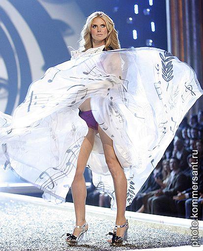 15.11.2007 Шоу-показ Victoria's Secret 2007 в Лос-Анджелесе