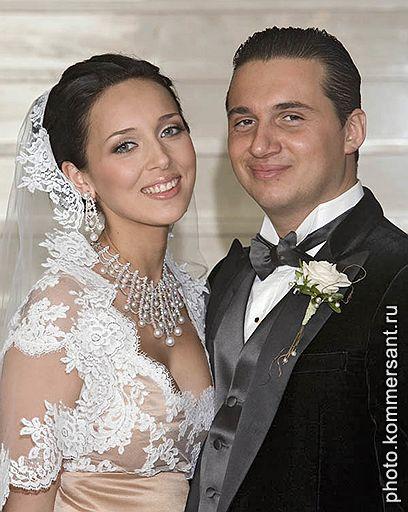 Самые шикарные свадьбы знаменитостей (фото) Первое место свадеб...