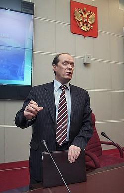 ото: Дмитрий Костюков / Коммерсантъ. Загружается с сайта КП