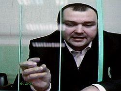 Как утверждает Александр Донской, уголовные дела против него были возбуждены после того, как он заявил о своем желании баллотироваться на пост президента РФ для того, чтобы привлечь внимание федеральных властей к городу. Загружается с сайта Ъ