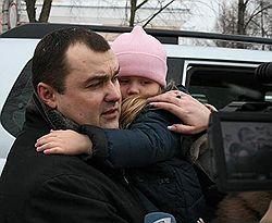 После вынесения ему второго приговора экс-мэр Архангельска Александр Донской решил больше не заниматься политикой. Загружается с сайта Ъ