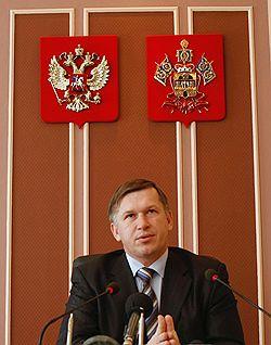 Владимир Афанасенков стал на один шаг ближе к должности мэра. Загружается с сайта Ъ