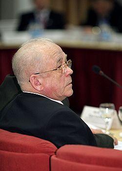 Дело мэра Усть-Илимска Виктора Дорошка прекратили в связи систечением срока давности. Загружается с сайта Ъ