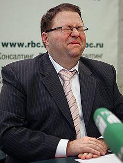 Глава ВАС Антон Иванов подвел итоги приватизации в пользу частных компаний. Загружается с сайта Ъ