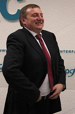 Исполняющий обязанности мэра Анатолий Пахомов называет сочинские выборы трудными, но интересными. Фото: PhotoXpress. Загружается с сайта Ъ