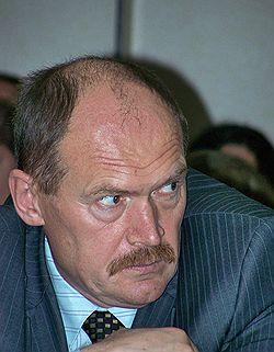 Сергей Смирнов не получил от гордумы денег на жилье. Фото: Сергей Чернов/Коммерсантъ. Загружается с сайта Ъ