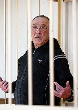Вор Макоша не на того гражданина майора напал // Легендарного авторитета Кузбасса обвиняют в бытовом убийстве