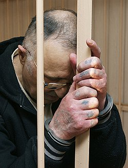 Приговор свалил авторитета с ног // Кемеровский вор в законе получил десять лет за убийство спецназовца