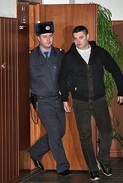 Андрей Космынин согласился с приговором, в то время как защита посчитала его слишком строгим. Фото: Сергей Михеев/Коммерсантъ. Загружается с сайта Ъ