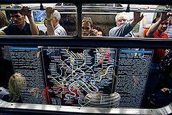 До 2015 года на востоке и юге Москвы построят 18 станций метро.  Об этом сегодня сообщил мэр столицы Сергей Собянин...