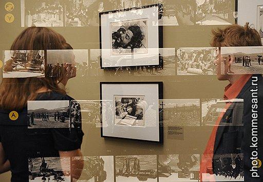 В показанных фотографиях отразились не только документальные факты, но и прекрасный миф о кубинской революции