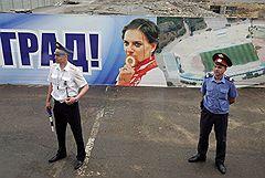 Олимпийская чемпионка Елена Исинбаева, обрушившая на родной город град медалей, теперь готова взять еще одну высоту — вместе с партией сокрушить противников на выборах