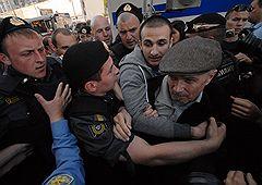Митинг в защиту 31-ой статьи Конституции России прошел на Триумфальной площади в Москве