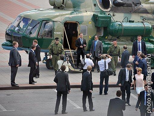 Дмитрий Медведев прилетел в Нальчик, чтобы обсудить борьбу с экстремизмом и дело Магнитского