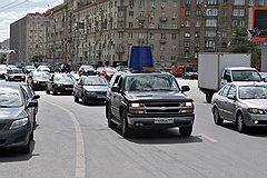 """Акция против принятого """"сухого закона"""" для водителей, организованная обществом """"Синих ведерок"""""""