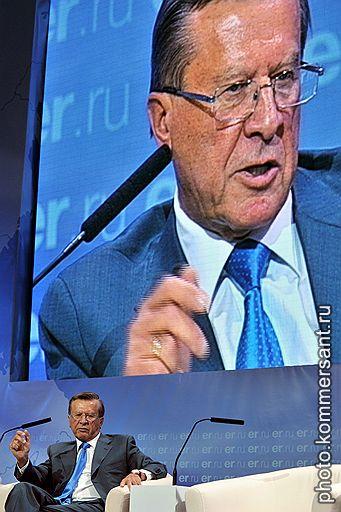 Первый заместитель председателя правительства России Виктор Зубков