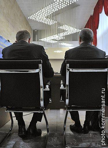 Бывший министр финансов России Алексей Кудрин и генеральный директор фонда Digital Sky Technologies Юрий Мильнер во время заседания Комиссии по модернизации и технологическому развитию экономики России