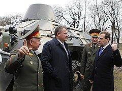 Дмитрий Медведев обещал учитывать военные заслуги при хозяйственных проступках