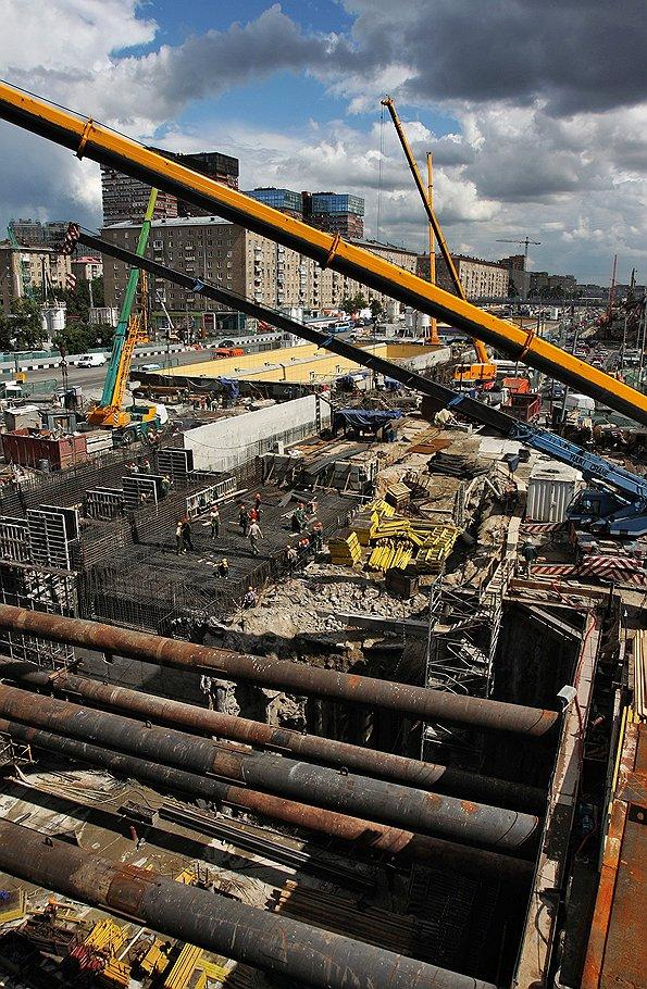Реконструкцию девяти магистралей планируется завершить до 2014 года