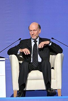 Бывший глава администрации президента Александр Волошин