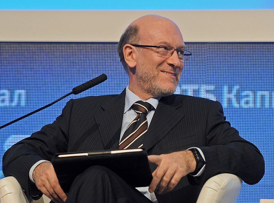 Бывший глава администрации президента Александр Волошин может возглавить совет директоров Первой грузовой компании