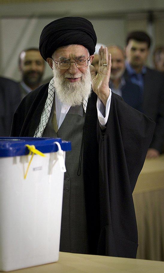 Ставший триумфатором выборов в Иране аятолла Али Хаменеи не собирается сворачивать ядерную программу
