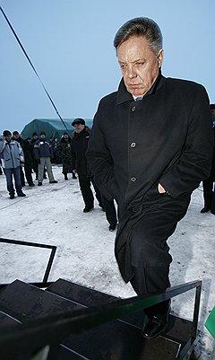 Борис Громов принял окончательное решение уйти после вчерашнего визита в президентскую администрацию