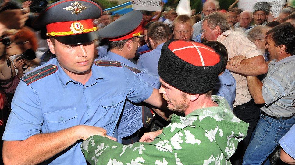 Казаки готовы к решительным действиям, если журналисты задели честь их товарища или православные ценности