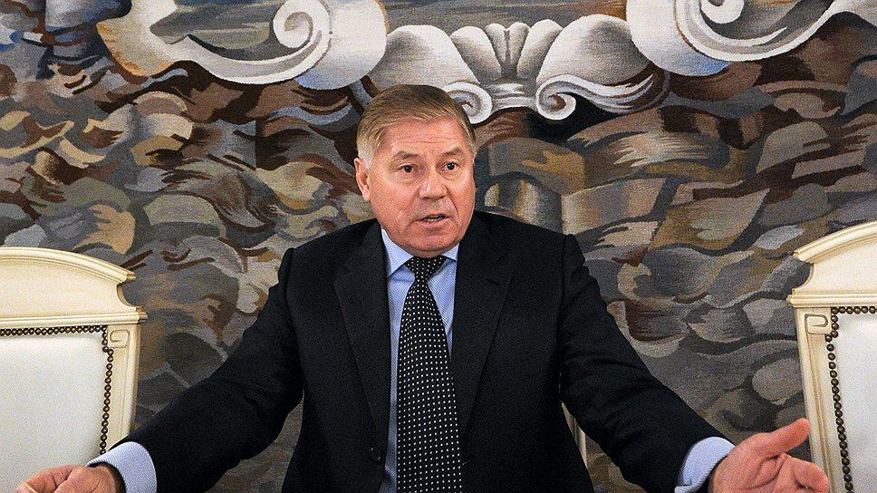 Председатель Верховного суда Вячеслав Лебедев может пересмотреть дело ЮКОСа