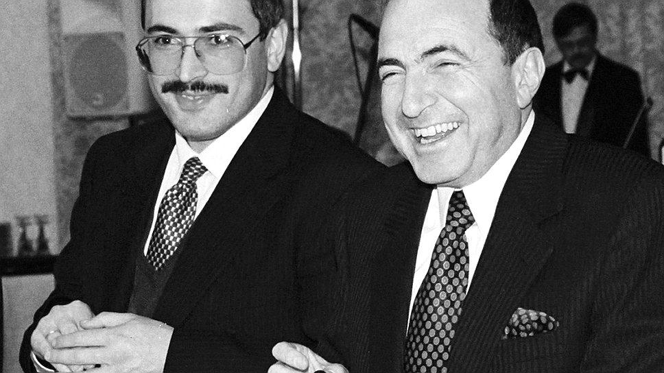 Борис Березовский часто вступал в альянсы, но нефтяной союз с Михаилом Ходорковским мог оказаться наиболее прочным