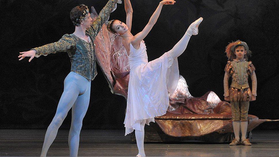 Екатерина Кондаурова (в центре) отработала роль Титании качественно, но без привычной харизматичности