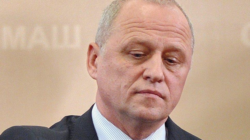 Верфь тормашками / После критики вице-премьера Рогозина руководству ОСК ищут замену