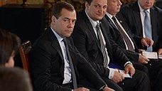 Дмитрий Медведев из Москвы повел Смоленск на выборы
