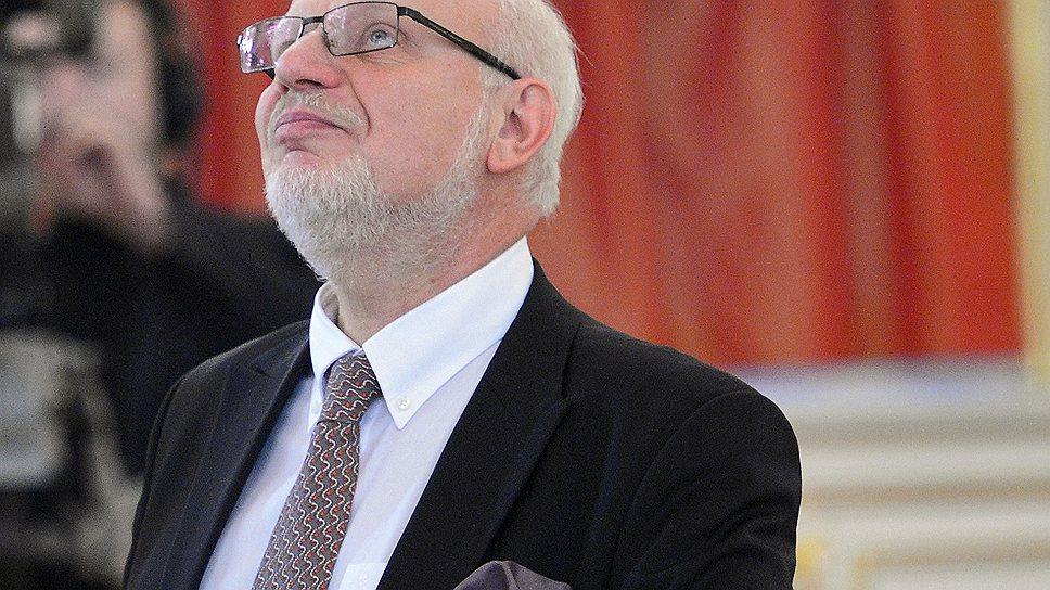 Глава президентского совета по правам человека Михаил Федотов мечтает об отмене закона о НКО