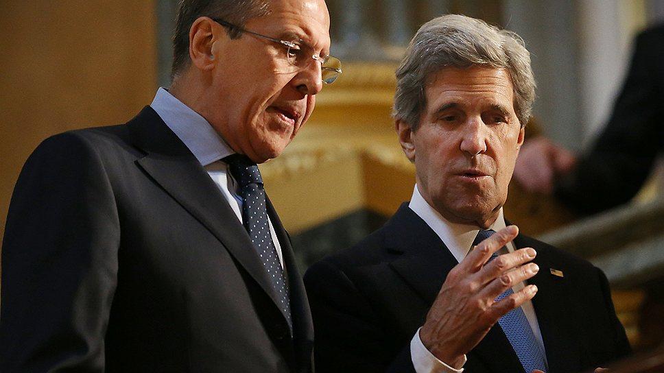 Пока Россия готовит ответ на предложения США по ПРО, глава МИДа Сергей Лавров (слева) может  обсудить со своим американским коллегой Джоном Керри развитие Арктики