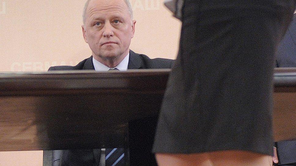 Андрей Дьячков во главе ОСК не устроил  ни старую, ни новую команду, ни гражданских,  ни военных, а оставшись один, не смог вытянуть  ключевые проекты