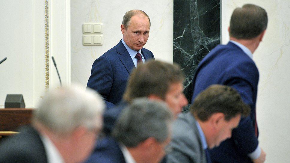 Взгляд Владимира Путина на планы силовых ведомств оказался таким же скептическим, как и в случае с экономическим блоком