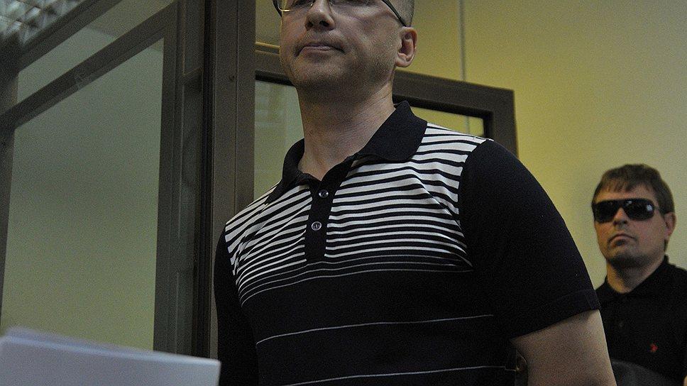 Суд решил, что исправление Бориса Мирошникова и Александра Амбарова невозможно без их изоляции от общества