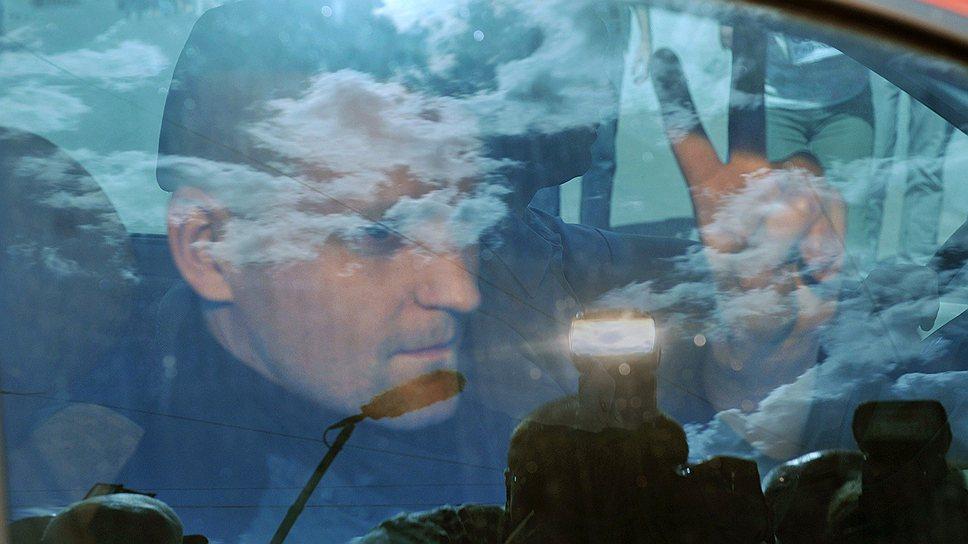 В СК считают, что 6 мая 2012 года Сергей Удальцов дал отмашку к началу беспорядков на Болотной площади
